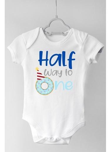 Happy Onesie Co Half Way One Erkek Çıtçıtlı Bebek Body Beyaz